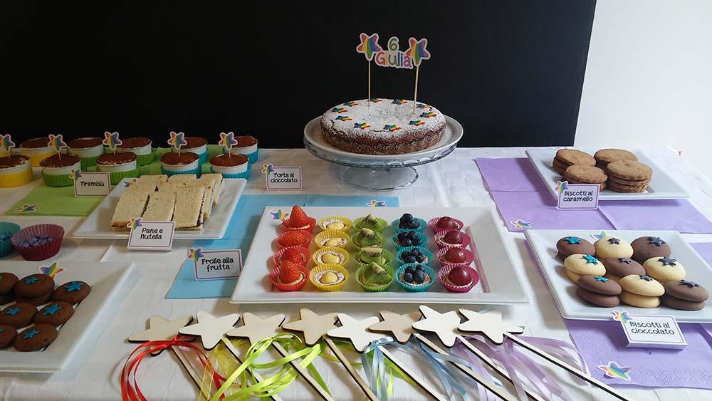 festa di compleanno a tema arcobaleno